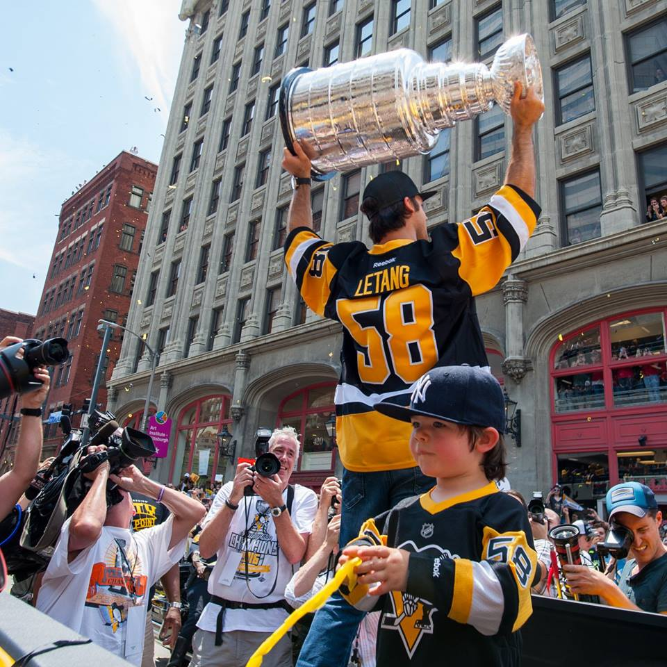 stanleycupparade6152016-11-BPatersonPhoto