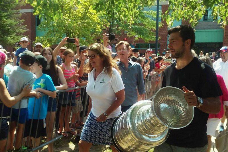 08052016-DaywithStanleyCup1
